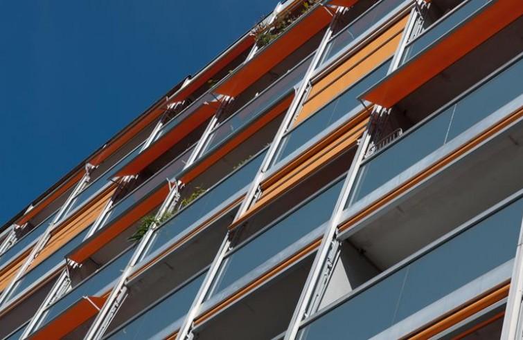 Balkonová markýza VISOMBRA