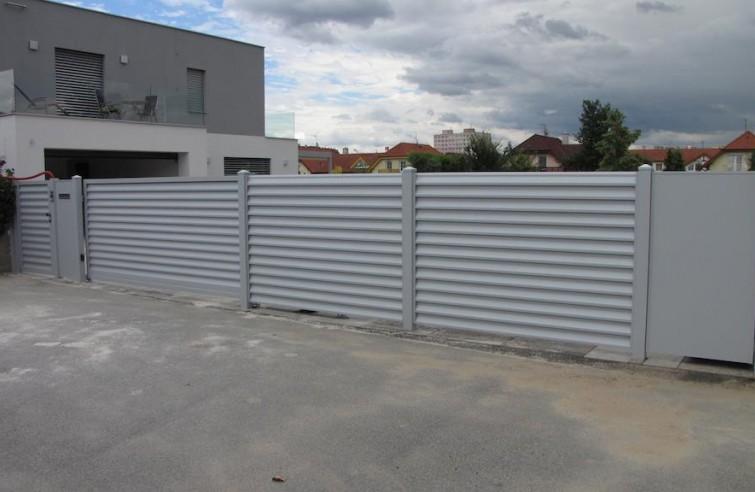 Elektrická samonosná hliníková brána Standard