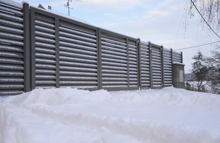 Elektrické dvoukřídlé brány