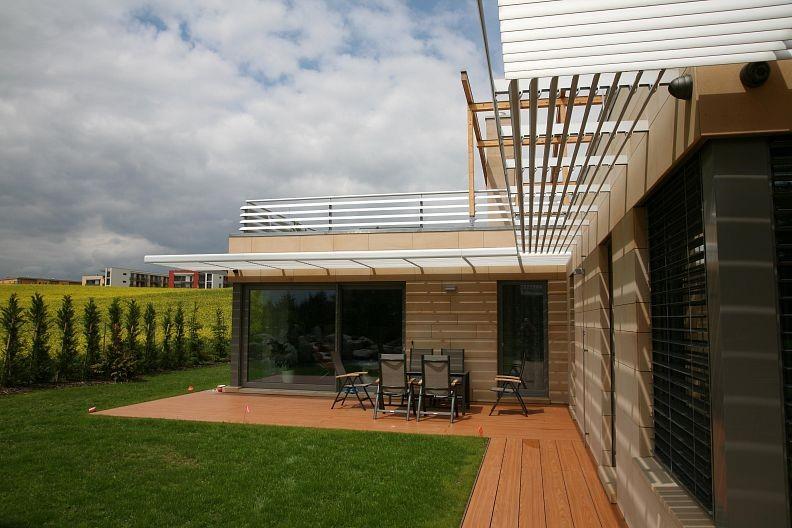 Rodinný dům vybaven slunolamem Alaris UMBRO | Sunsystem