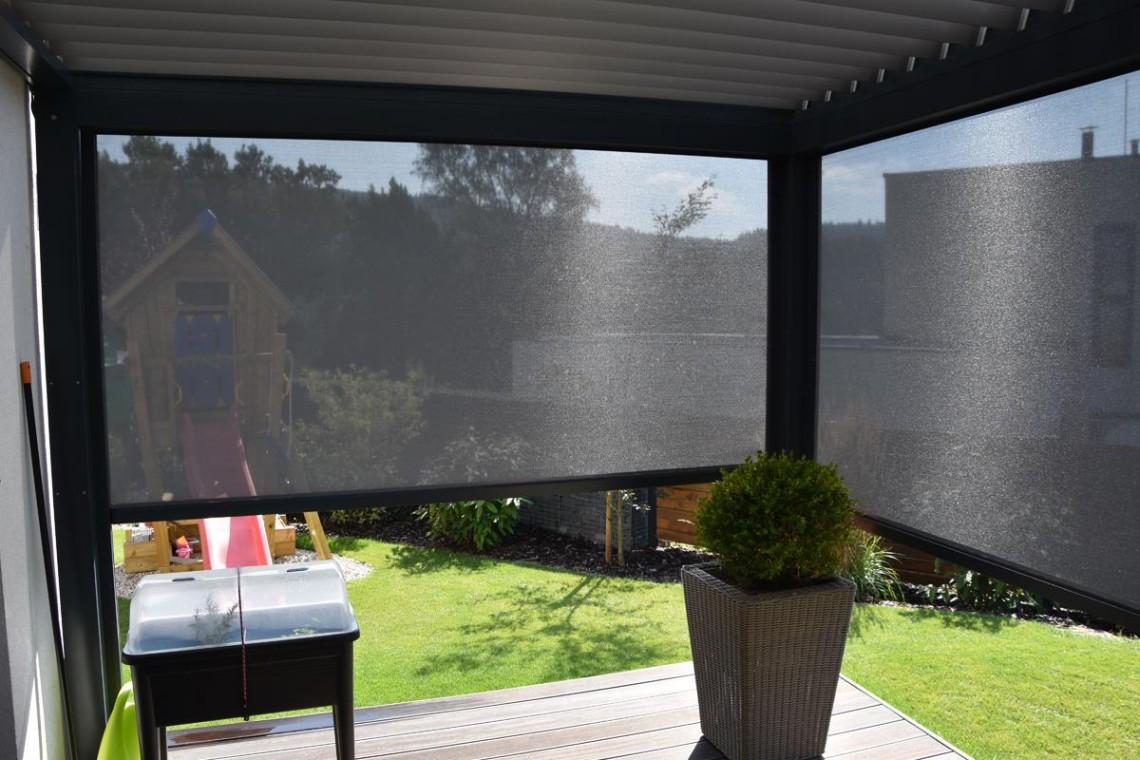 Moderní screenové rolety Ventosol    Sunsystem
